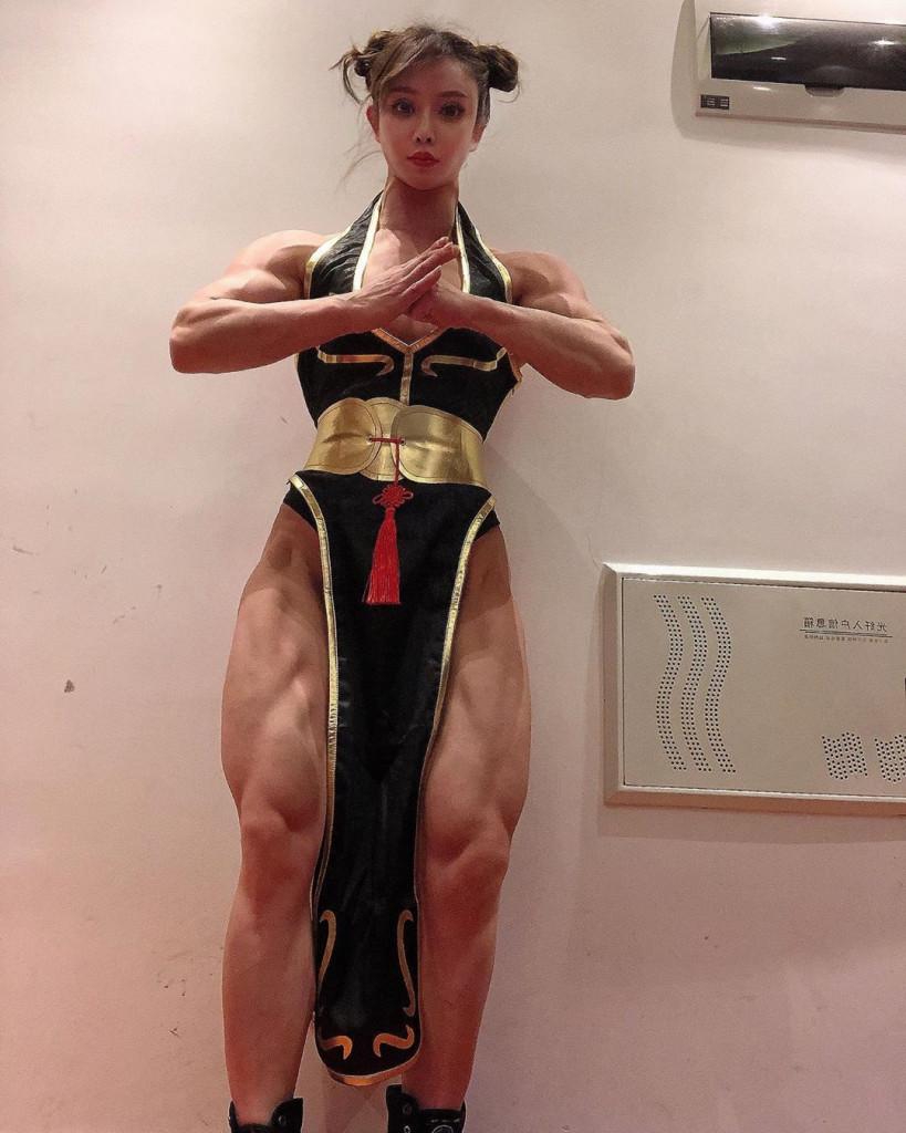 【保存推奨】外国人アスリート系筋肉まんさんのエロ画像、正直力づくで無理矢理犯されたいwwwwww(画像)・11枚目