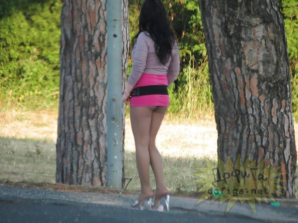 【素人売春婦画像】物価の安い国だとマジで一発数ドルで買える立ちんぼ売春婦さん、こんなん永住不可避だろ!!(画像あり)・4枚目