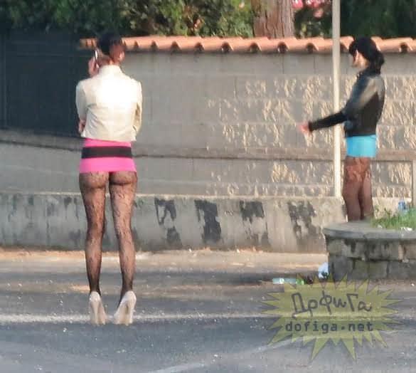 【素人売春婦画像】物価の安い国だとマジで一発数ドルで買える立ちんぼ売春婦さん、こんなん永住不可避だろ!!(画像あり)・16枚目
