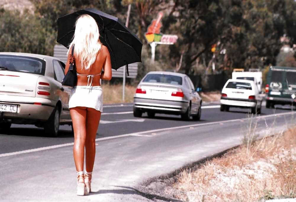 【素人売春婦画像】物価の安い国だとマジで一発数ドルで買える立ちんぼ売春婦さん、こんなん永住不可避だろ!!(画像あり)・23枚目
